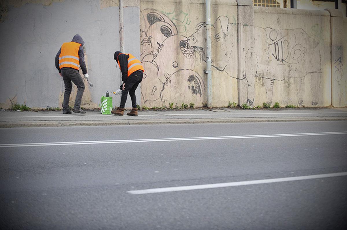 streetart-blu_bologna-protest03